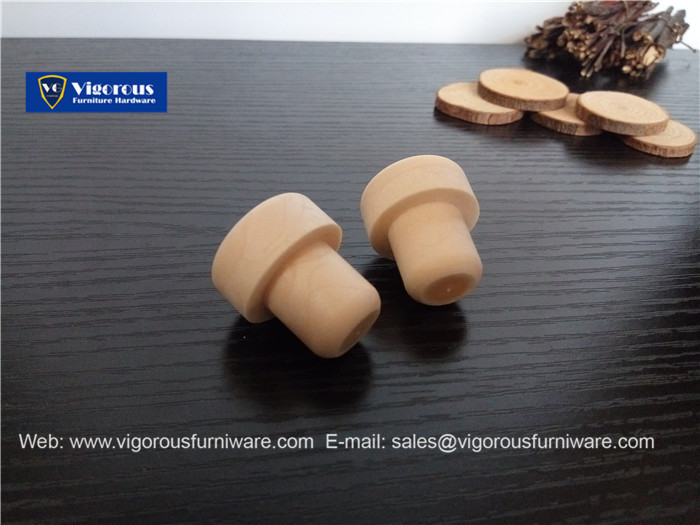 Wholesale 17 6mm T shaped wine rubber cork food grade free